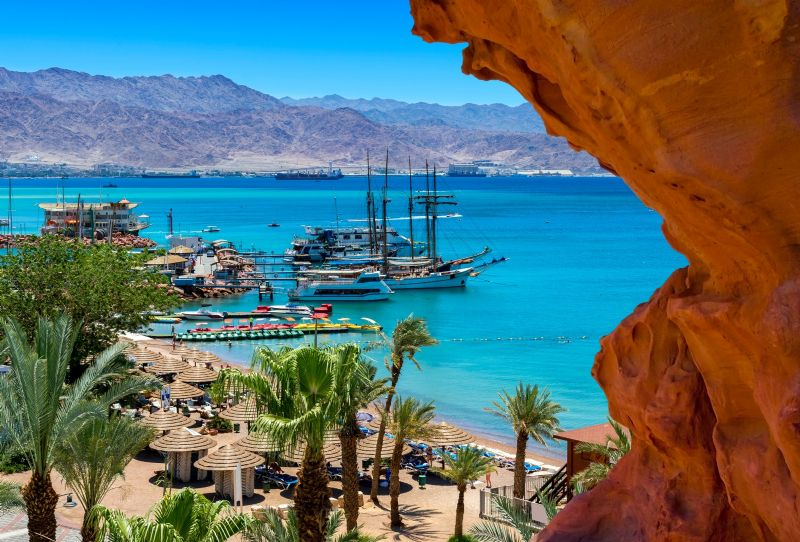 Fun day in Eilat include luxurious Rich breakfast with pickups from Tel Aviv or Jerusalem and returns